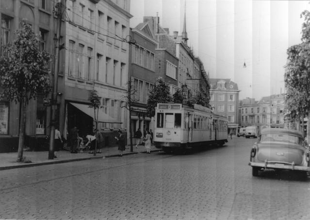 Tramlijn_D_Kortrijk_Rijselsestraat.jpg