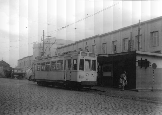 Tramlijn_D_Kortrijk_Station.jpg